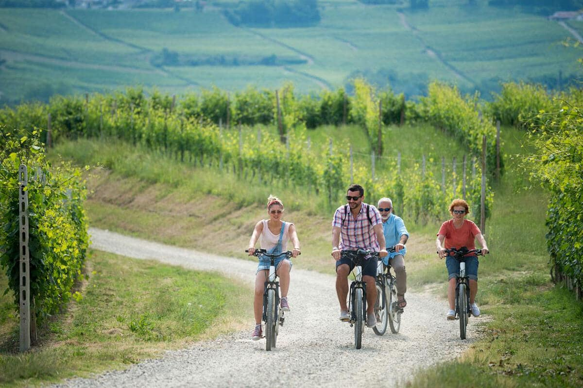 Vespa and e-bike rental - Agriturismo Il Cortile